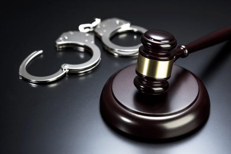 中国人因刑事案件在韩国被拘捕扣留